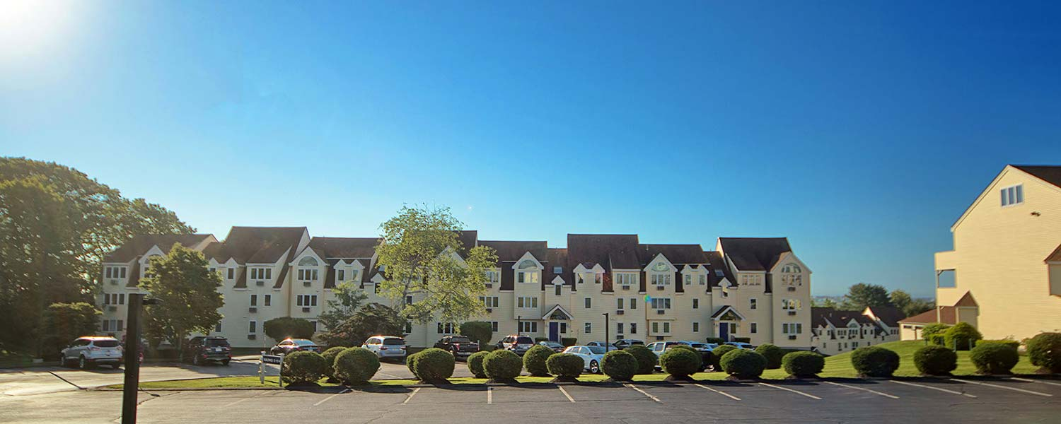 Book direct at Village by the Sea for the best Wells Maine hotel rate