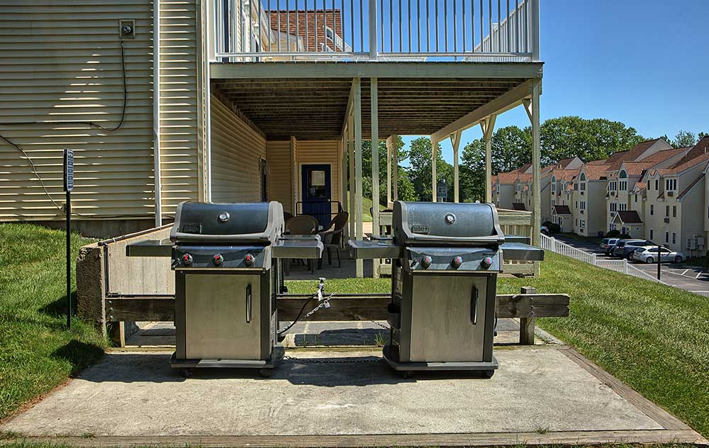 Outdoor Grills at our vacation condo in wells maine