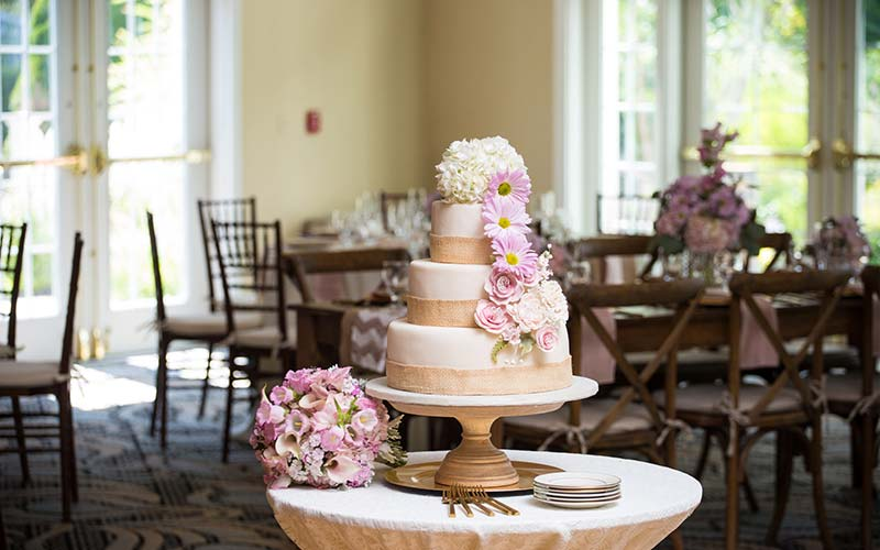 beautiful cake at a wells maine wedding venue